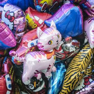 balony z helem imprezy dla dzieci atrakcja iki studio 2 300x300
