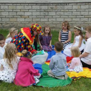 opieka podczas wesela komuni atrakcje imprezy dla rodzin grup 300x300